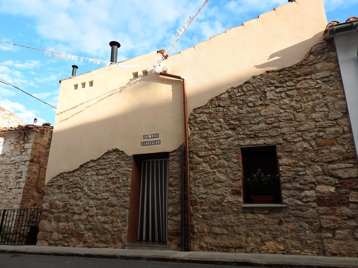 Casa rural para 4 romantica casa rural castellon erotica - Casa rural castellon jacuzzi ...